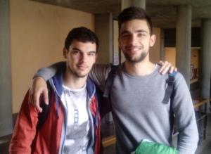 Miguel Pinel (izquierda) y Álvaro Ramos (derecha), a la salida de una de sus clases de turismo.