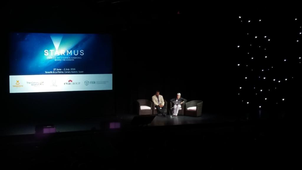 Discusión entre los astrofísicos Neil deGrasse Tyson y Jill Tarter