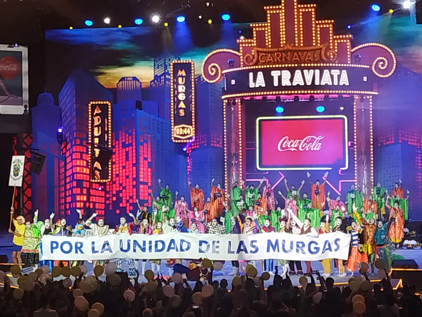 Murga Traviata pidiendo la unidad de los aficionados