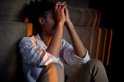 La ayuda psicológica es esencial para superar los trastornos mentales. Foto: PULL