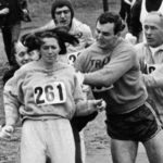 Kathrine Switzer corriendo el maratón de Boston en 1967. Foto: PULL